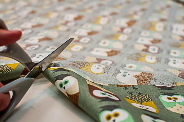 Gut gepolstert: DIY-Laptop-Tasche mit Vögelchen und Eulen - Deli ...