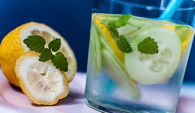 Gurken-Zitronen-Minz-Drink-0398