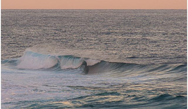 Big-Waves-Tamarama-1-Mai-2014-Blog-5-FRAME