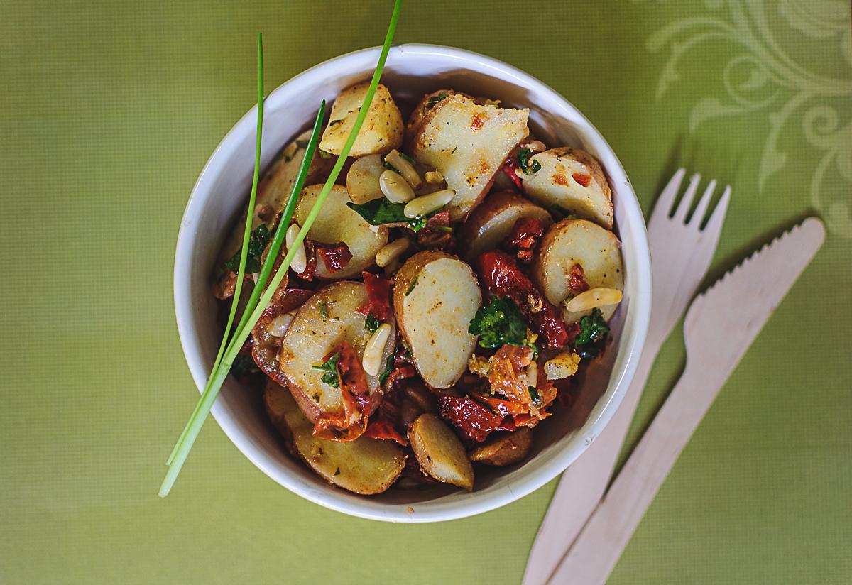 Kartoffel-Pinienkern-Salat